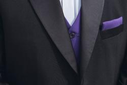 Σμόκιν κουστούμι για επίσημες τελετές (μωβ πένθιμο με γιλέκο και παπιγιόν)